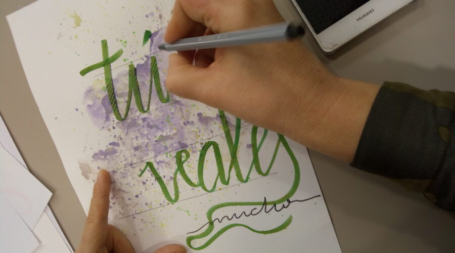 Taller de Lettering en familia con Sonia Sanz Escudero